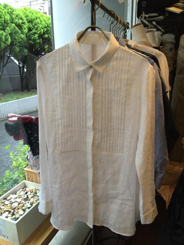 ジャスミンのシャツのサムネイル